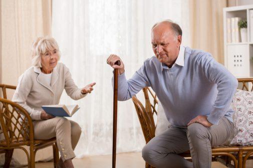 Cách chữa đau khớp gối ở người già - Bạn đã biết chưa?